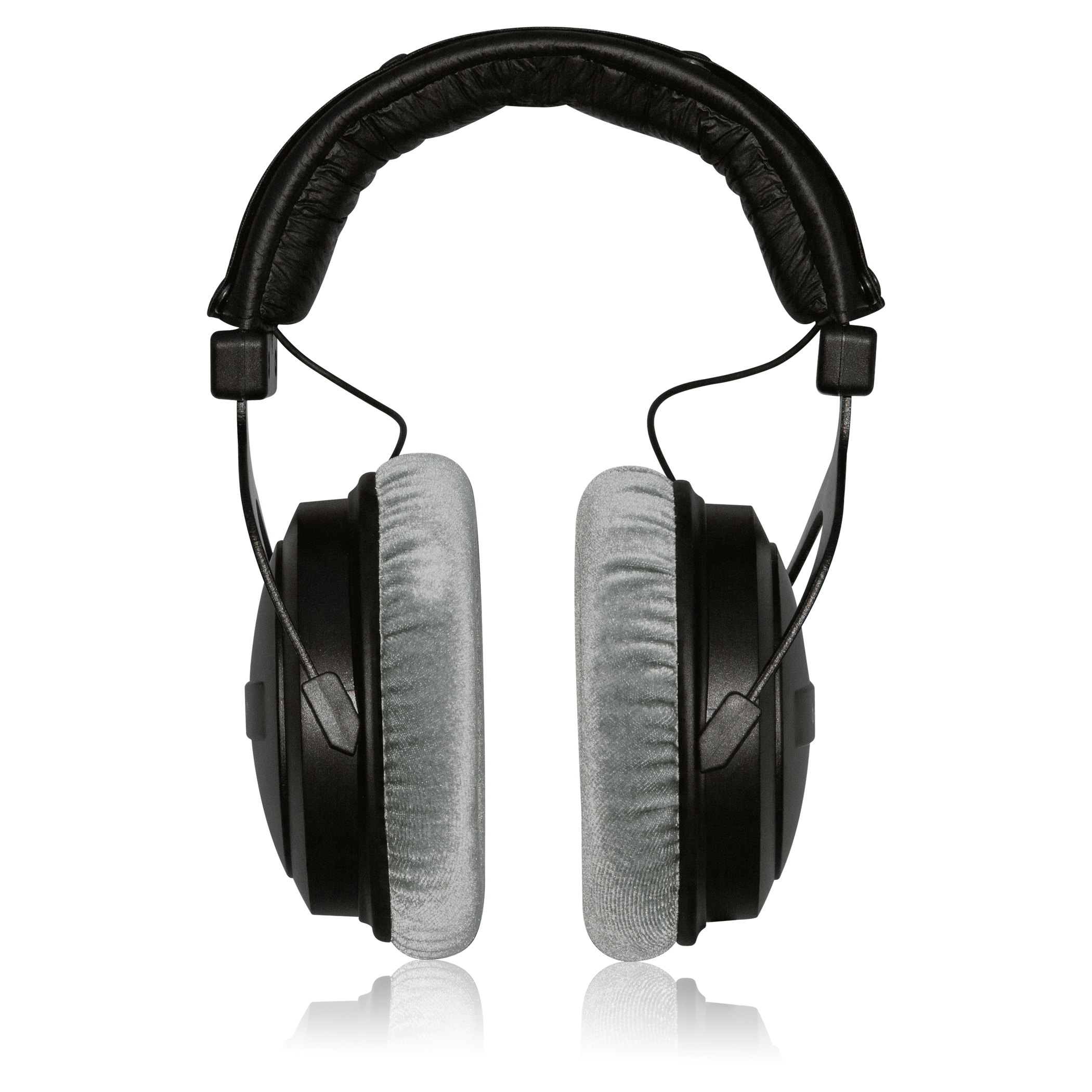 Closed-Back Studio Reference Headphones with Extended Bass Response